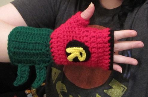 Robin glove 1
